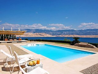Luxury Villa Exclusive Pag with pool by the sea on island of Pag