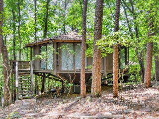 2BR Mountain Retreat House w/Resort-like Amenities