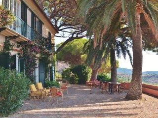 Antique Villa with breathtaking ocean view