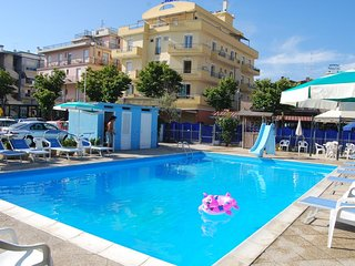 Seafront Residence with swimmingpool Ortigara Rimini Bilo for 4 with kitchen