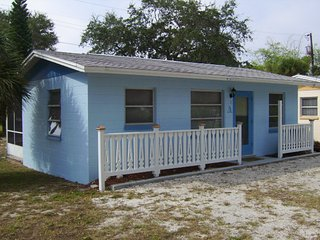 Englewood Lighthouse Resort Cottage 3