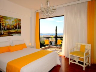 Athens Riviera luxury apartment, Panoramic Sea View,near beach