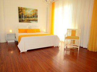 Voula Luxury Sea View Apartment ,near beach