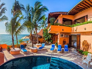 Villa McFuego - Ideal for Couples and Families, Beautiful Pool and Beach