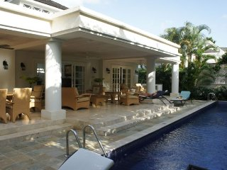 Villa Coral Breeze, Mullins Bay - Ideal for Couples and Families, Beautiful Pool