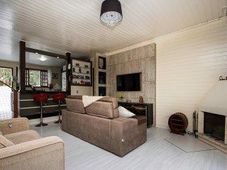 Linda Casa na Fortaleza da Barra da Lagoa