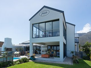 Stay at Friends Guest House Bettys Bay