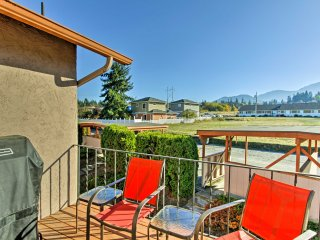 NEW! Renovated 2BR Port Angeles Condo w/Mtn. Views