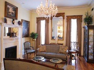 Luxury Living Savannah: Winter Discounts! Famous Wedding Cake Mansion