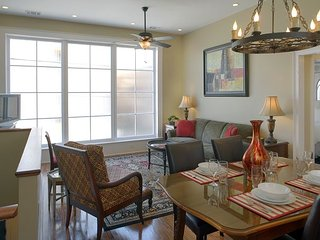 Luxury Living Savannah: Bargains!! Private Carriage House