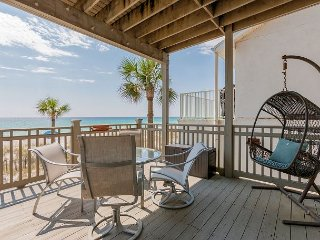 4BR Condo w/ Panoramic Gulf Views & Pool—Steps to Beach
