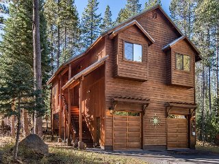 4BR Forest Retreat w/ New Decor & Game Room - Near Donner Lake