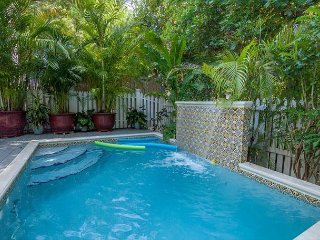 Upscale 3BR w/ Chef's Kitchen, Private Pool & Central Location