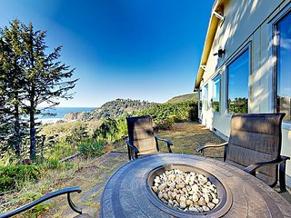 Newly Renovated 2BR w/ Ocean Views, Granite Kitchen & Fireplaces