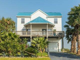 Roomy Family-Friendly 4BR Beach Home – Near Moody Gardens & Schlitterbahn