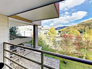 2BR w/ Vail Views, Balcony, BBQ, Large Indoor Pool & Hot Tub - Near Skiing