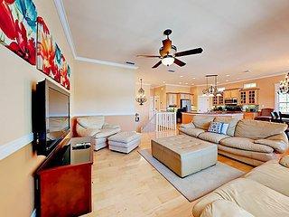 Updated Home w/ 2 Balconies - 2 Blocks to Beach, Near Restaurants & Nightlife