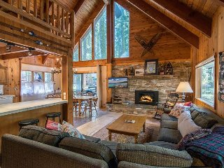 4BR w/ Expansive Deck, Grill, Fireplace - Minutes to Skiing, Walk to  Beach