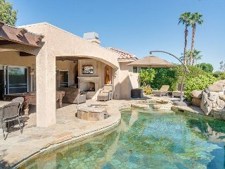 Indian Wells 3BR/ 2BA Pool,Jacuzzi/ BBQ Stunning Outdoor Living