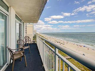 Beachfront 3BR - Corner Unit w/ Indoor/Outdoor Pools, Hot Tub & Lazy River