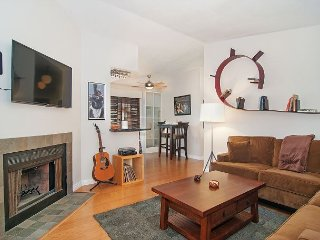 Centrally Located 2BR Condo in a Great Neighborhood