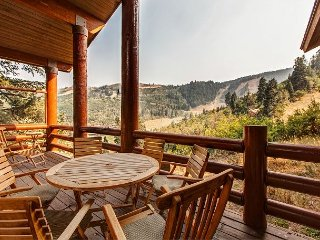 Ski-In/Ski-Out 4BR w/ Deer Valley Views