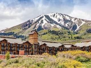 Upscale 3BR w/ Patio - Minutes from Deer Valley Resort Gondola & Downtown