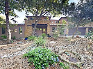 Charming Home w/ Balcony, Fire Pit, & 2 Living Rooms - Near Dining & Music