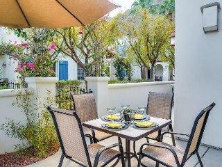 3BR Legacy Villas Condo w/ 2 Fireplaces, Pool, Patio & Mountain Views