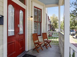 Restored Historic 4BR in East Victorian District - Near SoFo District