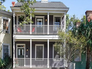 Historic 4BR w/ Fenced Yard in Victorian District - Walk to Dining & Parks