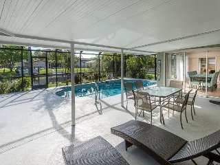 3BR on Canal w/Private Pool & Boat Dock - Great location in Cape Coral