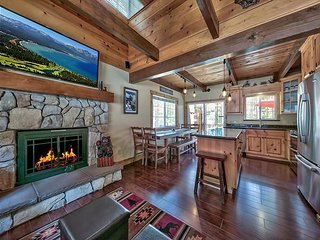 Updated 3BR w/ Modern Mountain Decor - Near Dining, Golf, Hiking & Skiing