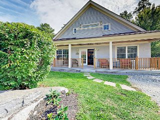 Airy 3BR Resort Home with Coastal Style, Fireplace & Outdoor Living
