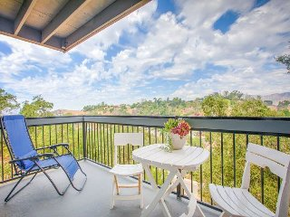 Contemporary 3BR Hillside Apartment w/ Balcony, Scenic Views