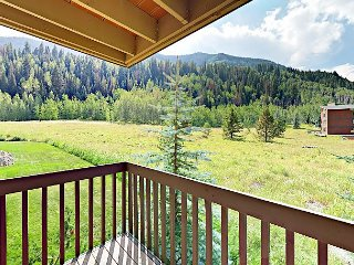 2BR Condo at Timber Falls w/ Mountain Views – Near Vail Mountain