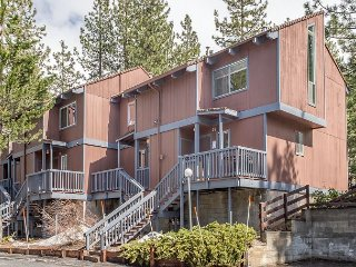 2BR Ski-Centric Condo with Fireplace & Woodsy Yard, 2 Minutes from Heavenly