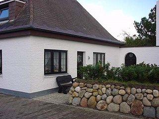 FeWo für 2-3 Personen in Wenningstedt/Sylt , strandnah und ruhig gelegen.