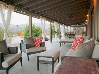Spacious 3BR Borrego Springs Home, Walk to Downtown, Amazing Mountain Views!
