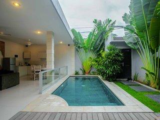 U 2BR Villa pool in Eat St Oberoi Seminyak