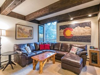 Indulgent Condo at Vail International – 500 Yards to Lionhead!