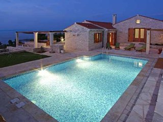 Luxury Villa Orgula with pool by the sea on Korcula - Prigradica