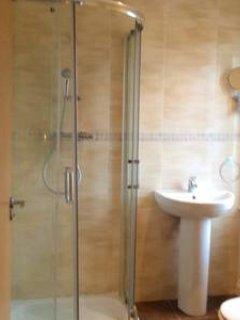 Ensuite bathroom in master bedroom