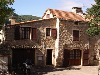 House with 2 bedrooms in Mostuejouls, with wonderful mountain view
