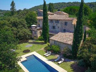Luberon, Former Benedictine Abbey, Now Chic Villa, sleeps 16
