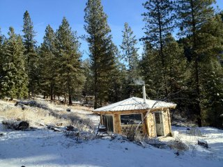 Mores Creek Rental Cabins-Fir
