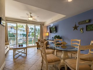 Tampa Bay 2bdrm 1.5bth, Private Beach Community -U420