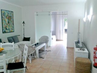 Olhos de Agua 2 Bed Charming Apartment- Albufeira