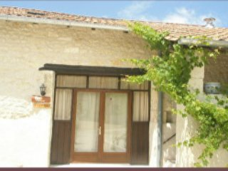 L'Hibou, holiday rental in Champagne-et-Fontaine
