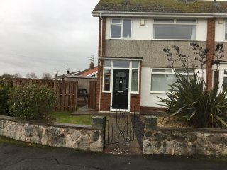 Abergele holiday house, close to beach.